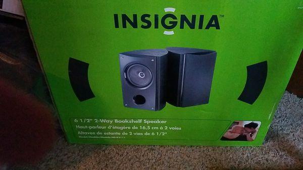 Insignia Bookshelf Speakers Electronics In Fair Oaks CA