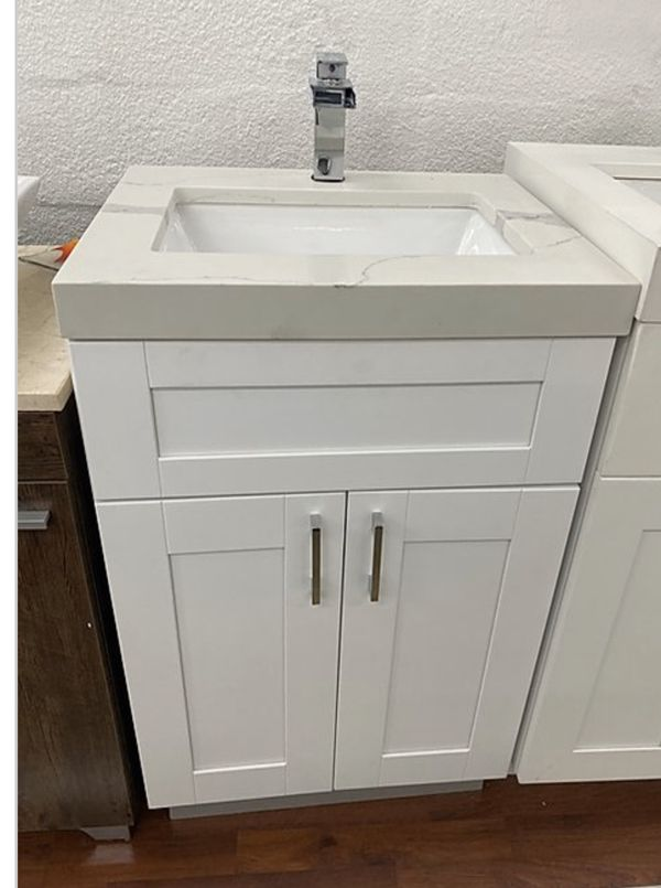 "Bathroom Vanity 24"" for Sale in Hialeah, FL - OfferUp"