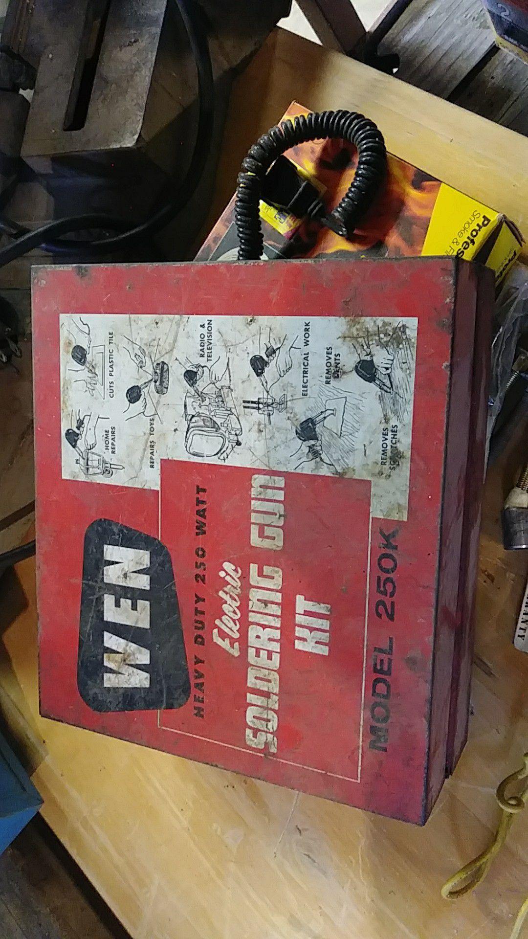 "WEN Electric Soldering Gun Metal Box 8"" x 8"" x 3"""
