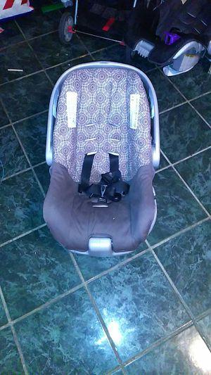Selling Car Seat For Newborn Babies Sale In Laredo TX