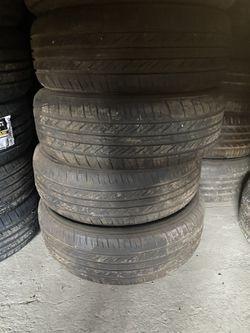 Used tires.... 215/65r15 Thumbnail