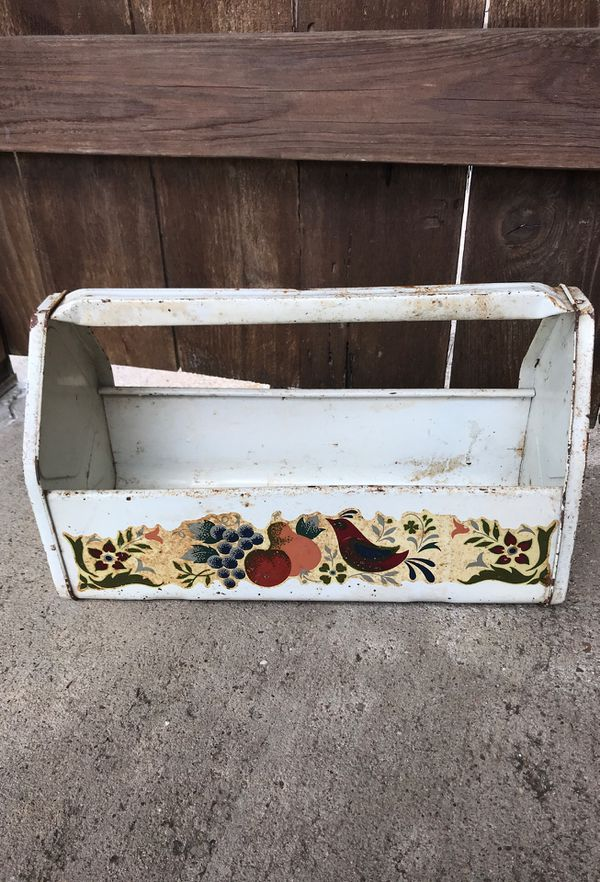 Superb Vintage Farmhouse Shabby Chic Rusty White Painted Metal 14 Garden Tool Caddy Storage Box Herb Plant Flower Pot Holder For Sale In Houston Tx Interior Design Ideas Helimdqseriescom