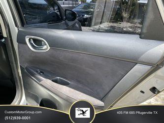 2014 Nissan Sentra Thumbnail