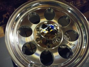 16inch wheel/305/70/R16 tires for Sale in St. Louis, MO
