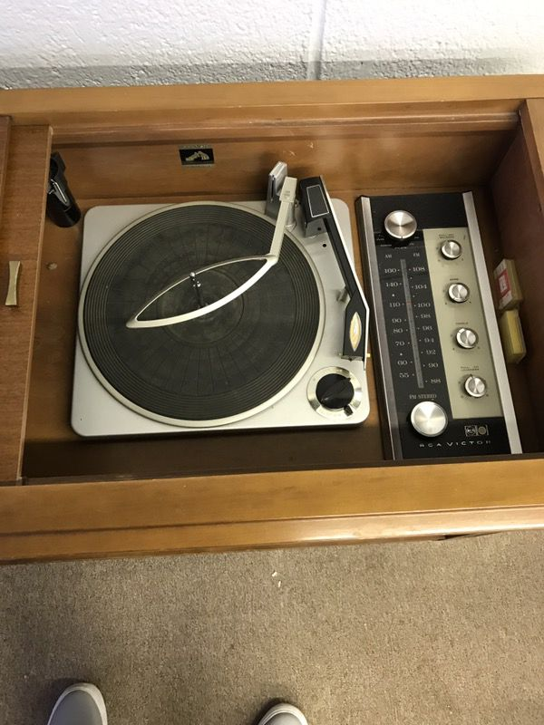 Vintage Victrola RCA Victor stereo/record player for Sale in Ypsilanti, MI  - OfferUp