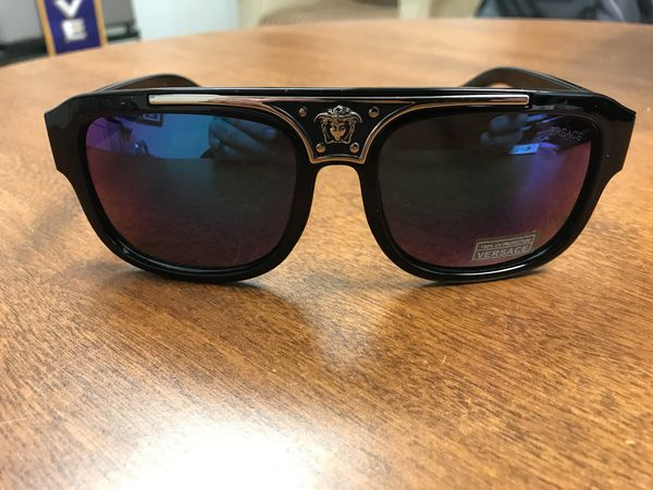 6ba07770e9 Versace sunglasses new never used for Sale in Margate