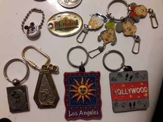 Disney trading pins Thumbnail