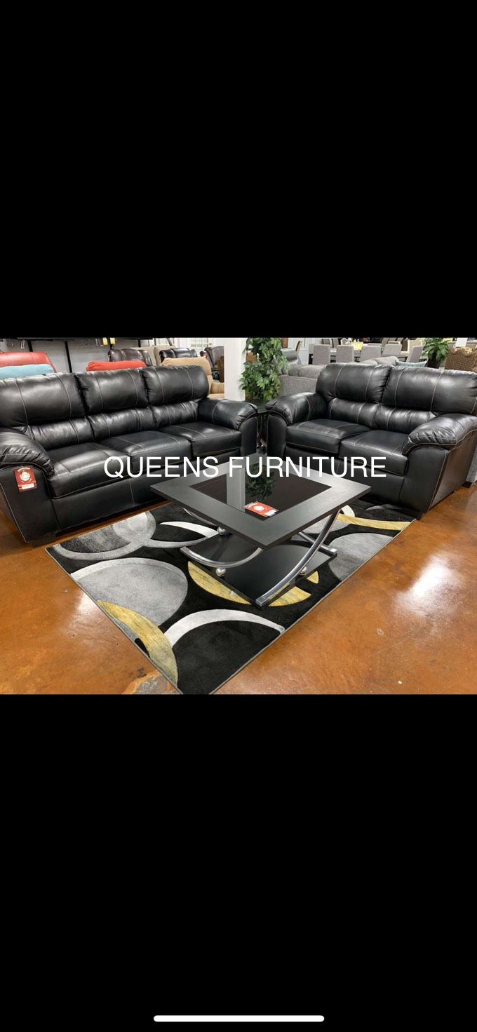 NEW BLACK LEATHER SOFA AND LOVESEAT 60% OFF