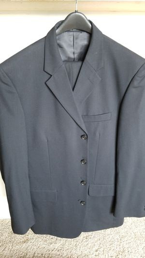 Navy blue 4- button suit for Sale in Alexandria, VA