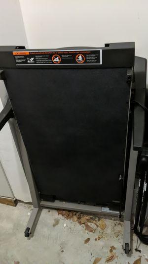 Proform 625 Treadmill for Sale in Leesburg, VA