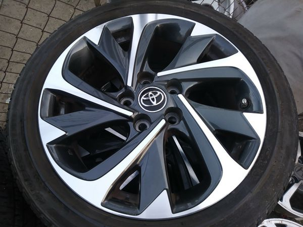 Toyota Camry Rims Size 18 Whit Bridgestone Tires With Sensors
