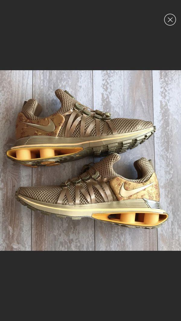 new product 009fe 1c001 Nike Shox Gravity Metallic Gold