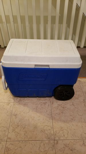 Coleman cooler for Sale in Pittsburgh, PA