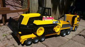 Tonka 738 Bulldozer only (tractor trailer not included) for Sale in Montgomery Village, MD