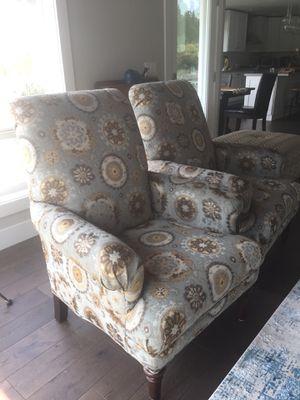 Pair Of Accent Chairs By Bassett For In Allyn Gview Wa