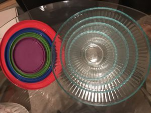 Glass Bowl Set w/ Lids for Sale in Houston, TX