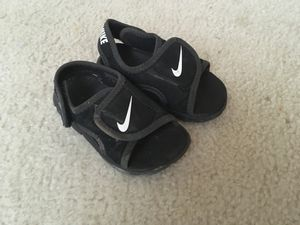 Toddler Shoes Size 4 for Sale in Lovettsville, VA