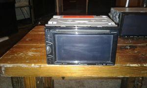 Photo Pioneer double din radio car DVD player