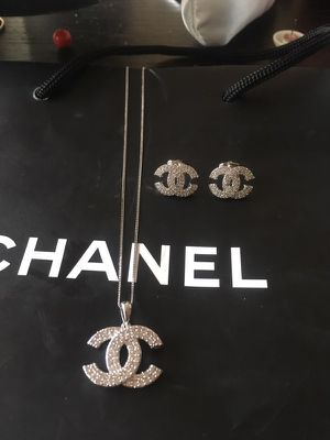 New 3 piece Chanel diamond earrings and necklace Set Serious buyers only for Sale in Orlando, FL