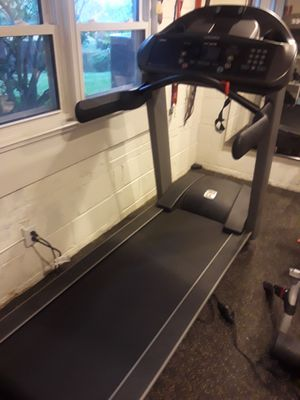 Landis L8 Pro Treadmill for Sale in Arlington, VA