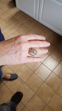 50yr old 10 carat diamond ring Thumbnail