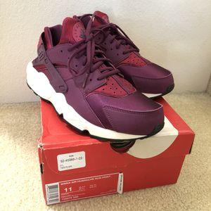 1d10682a9b5e8 New Women s Nike Air Huarache Shoes Sz 11 for Sale in Ewa Beach