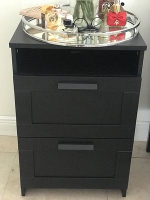 2 Night stand for Sale in Doral, FL