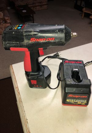Drill snap on 3/8 batería remplazado for Sale in Washington, DC