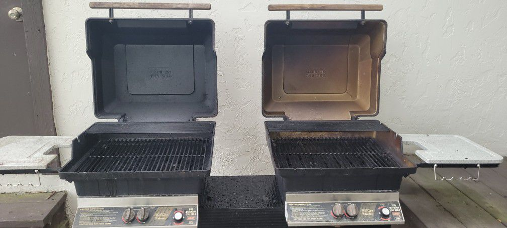 M&P NATURAL GAS GRILL. GREAT CONDITION