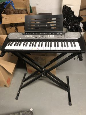 Large Full -Sized Key Board with Stand for Sale in Palos Heights, IL