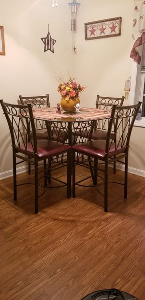 Glass top Kitchen Table for Sale in Martinsburg, WV