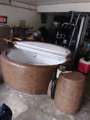 Soft Tub For Sale >> Softub Hot Tub Obo For Sale In Kansas City Mo Offerup