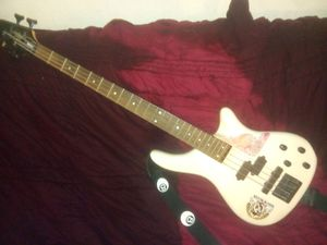 Rogue 2 Series LX200B -Bass Guitar for Sale in Las Vegas, NV