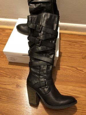 Woman's boots for Sale in Herndon, VA