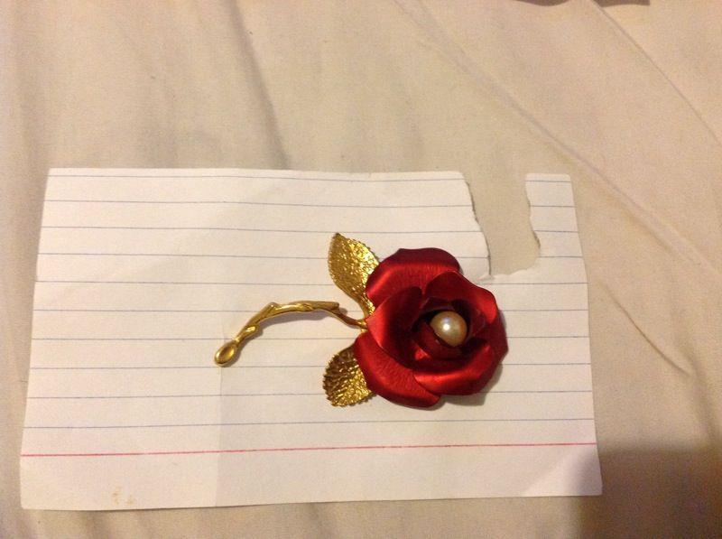Vintage rose Giovanni brooch