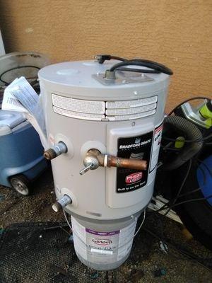 Water heater for Sale in Buckeye, AZ