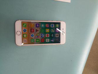 IPhone 7 32gb still under squaretrade warranty till 11/18 unlock to any network sprint/verizon/tmobile/metropcs/boost Thumbnail