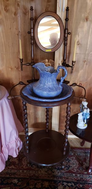 Wash stand pitcher and bowl for Sale in Farmville, VA