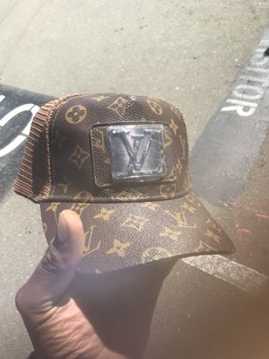 Louis Vuitton Snapback for Sale in San Ramon 632a110fb0f
