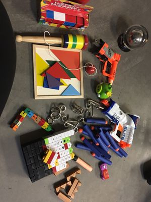 Collection of toys and puzzles for Sale in Peoria, AZ