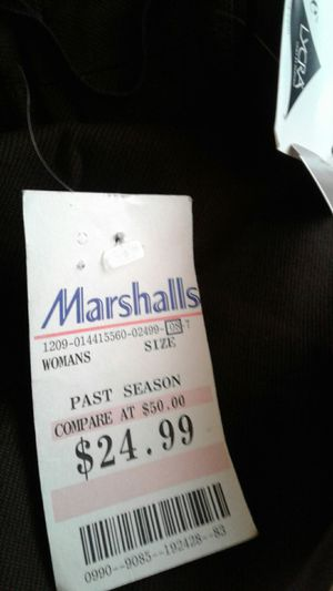 Ladys brown pants new never used for Sale in Oxon Hill, MD