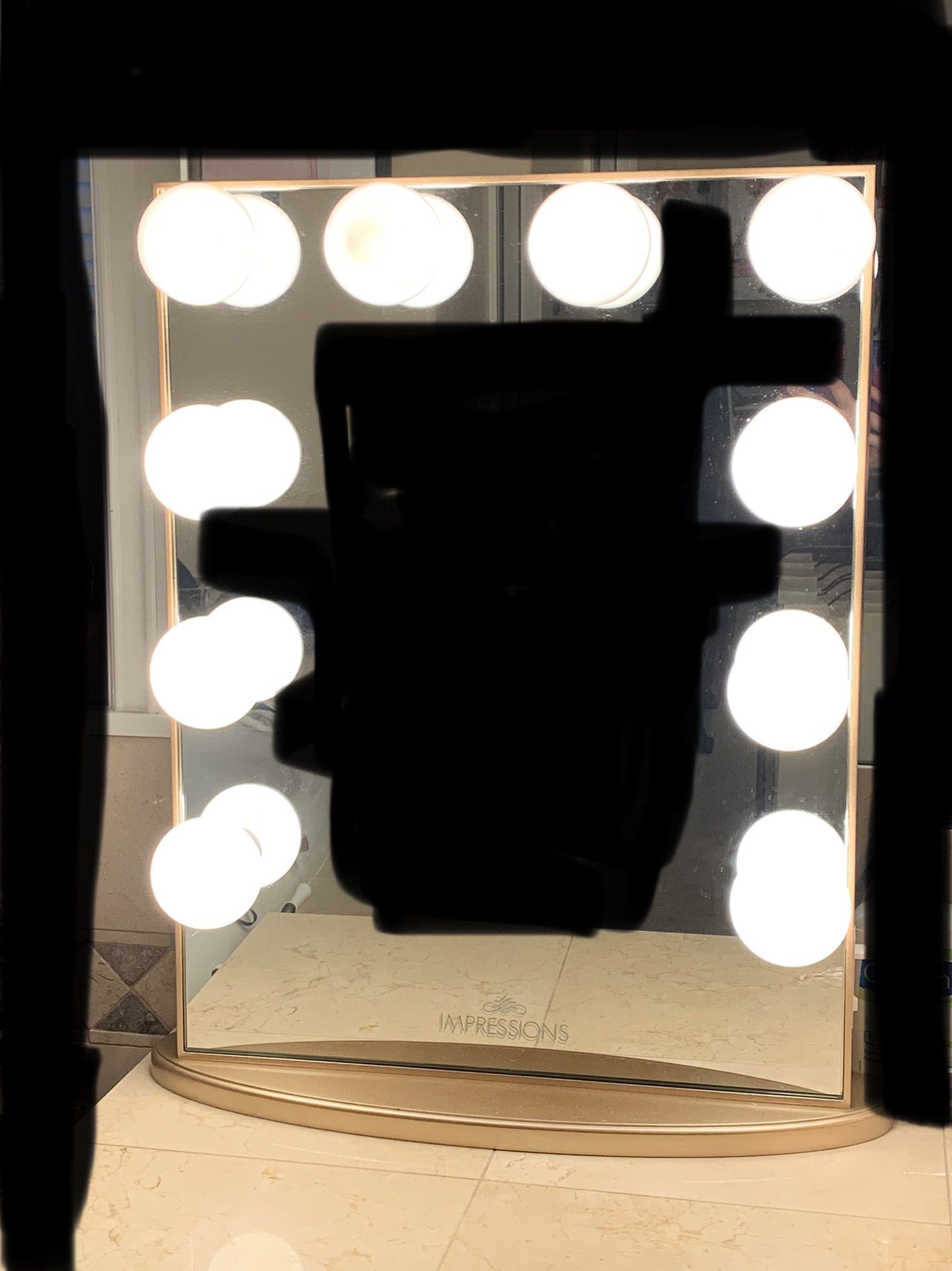 Impression Makeup Vanity Mirror