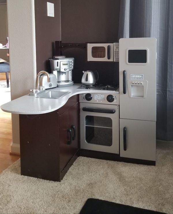 KidKraft Ultimate Corner Play Kitchen, Espresso Wood for ...