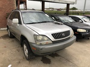 2000 Lexus RX300 for parts. PARTS ONLY for Sale in Dallas, TX