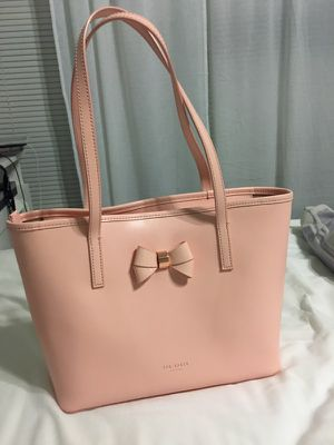 Ted Baker London Ritaa leather shopper bag - pink with rose gold hardware for Sale in Ashburn, VA