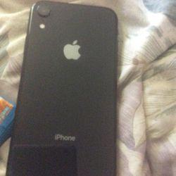 Iphone Xr (needs Repairs ) Thumbnail
