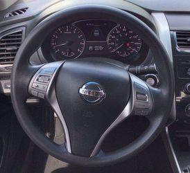 2013 Nissan Altima Thumbnail
