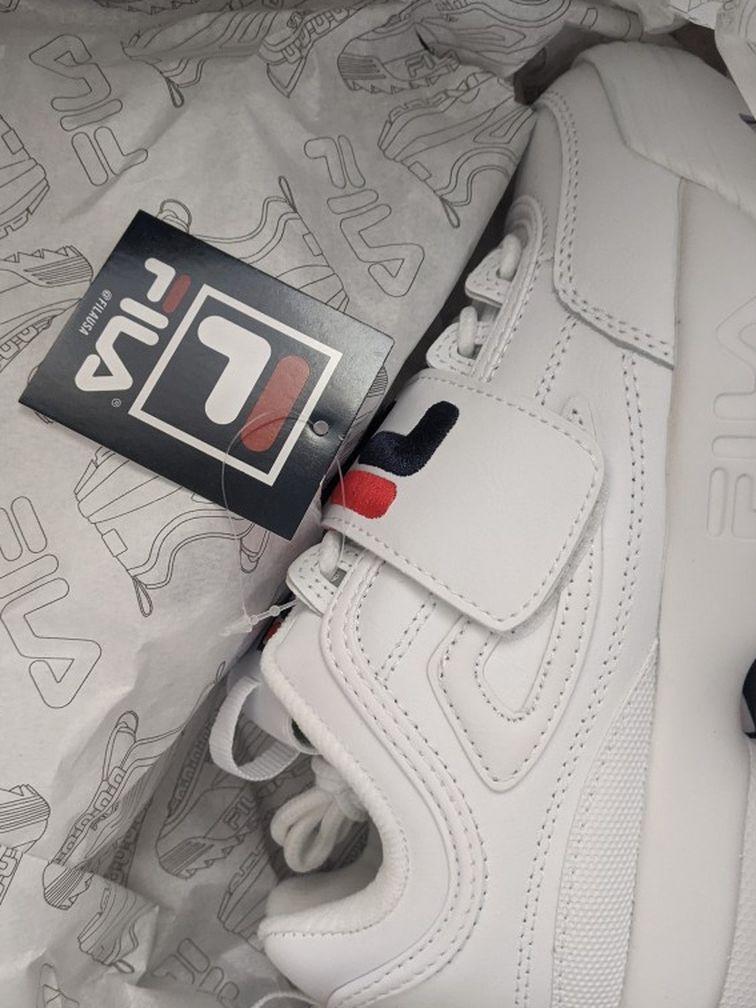 NEW Sneakers Women Size 6.5M Fila Disruptor