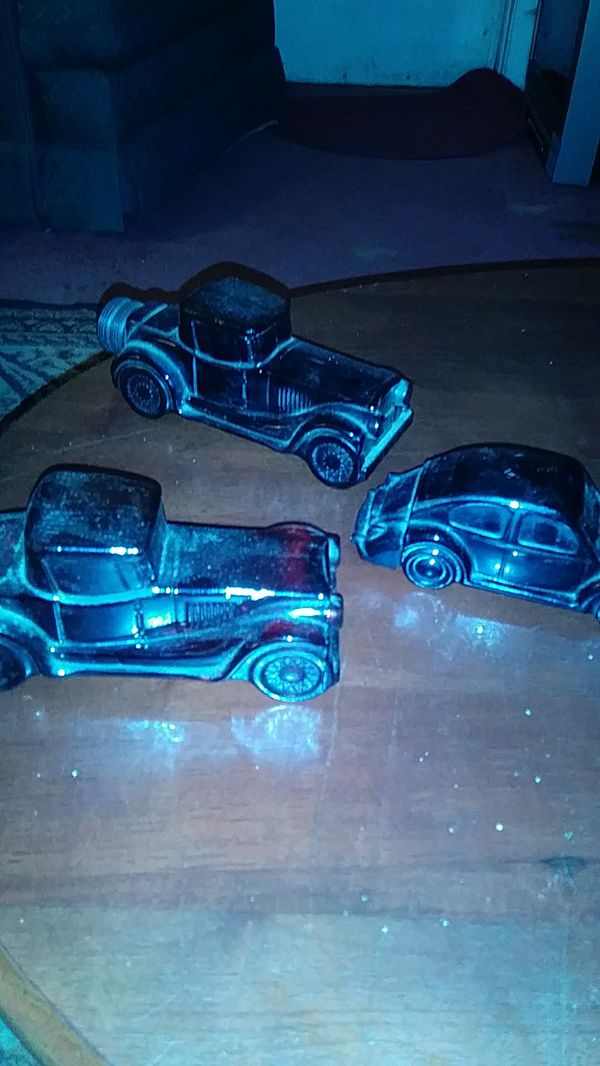 Avon car bottles full  Collectables for Sale in Columbia, SC - OfferUp
