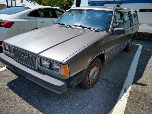 86 Volvo 740 w/173k miles runs great for Sale in Rockville ...